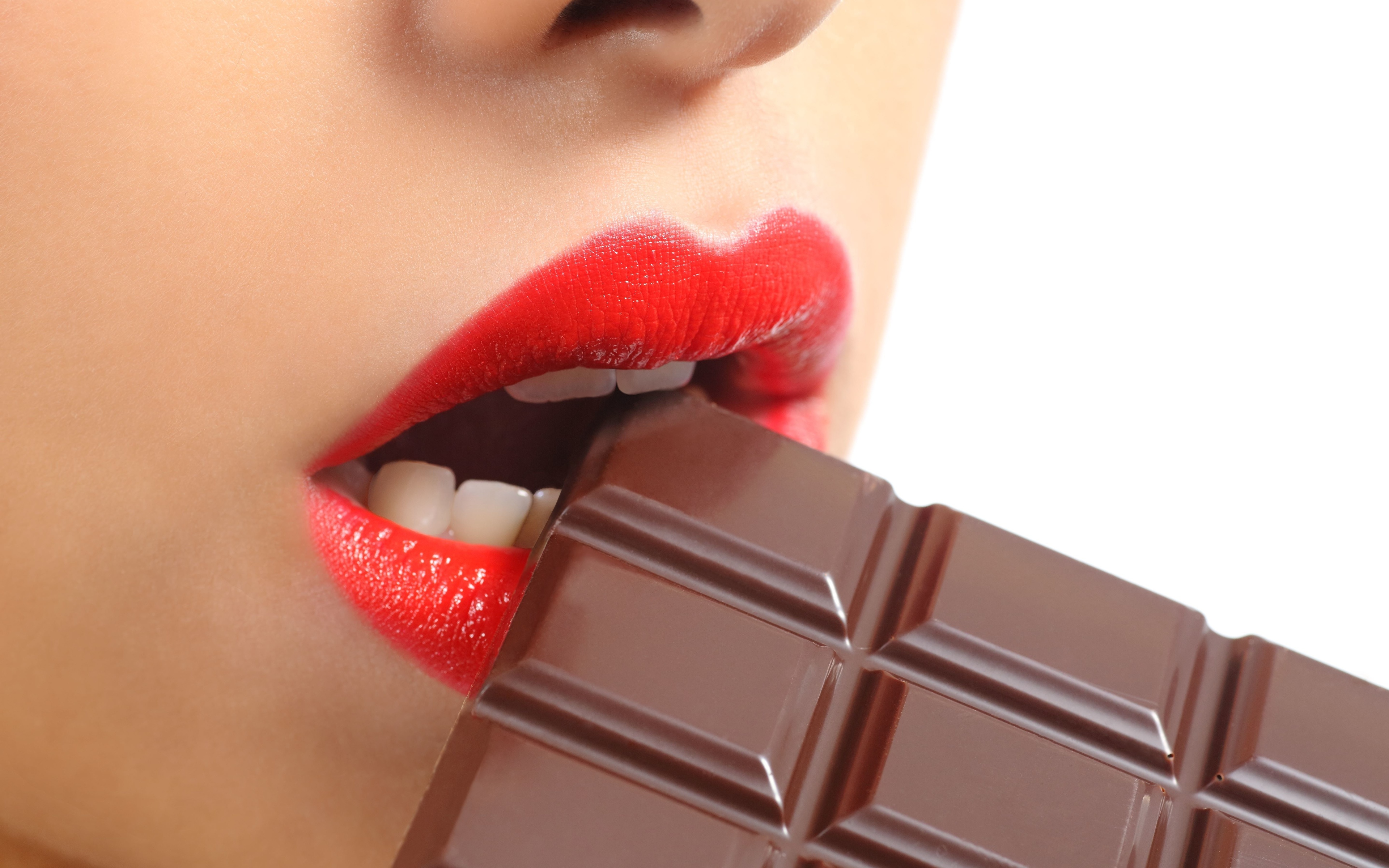 Lips_Chocolate_Teeth_505539_3840x2400